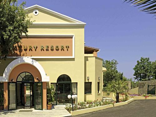 ������� �� ������ �����, ������ - ����� Century Resort Hotel, �.����� 4�