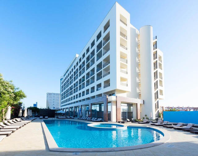 Еver Caparica Beach & Conference Hotel 4* 4•+