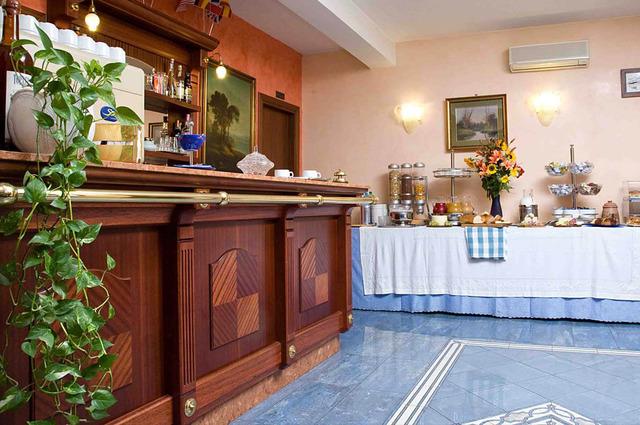 HOTEL RIMINI *** 3•