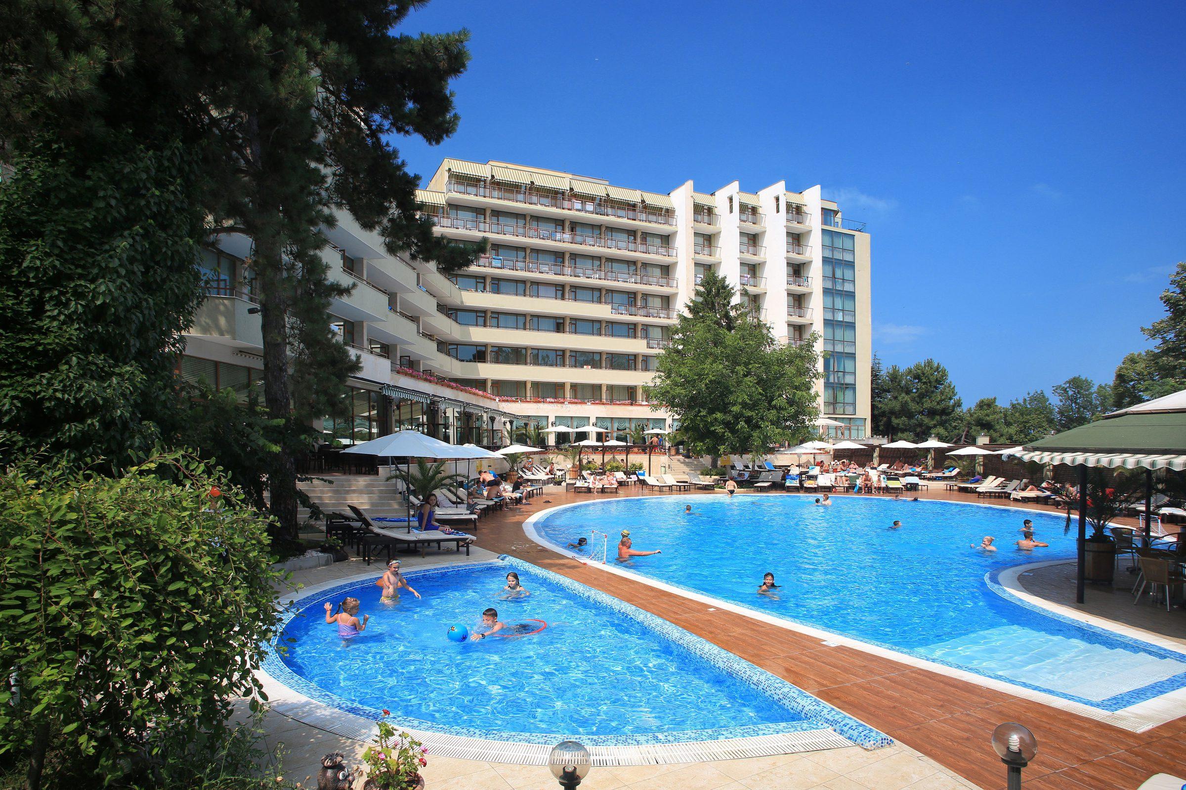 Хотел Мирабел (бивш Еделвайс), Златни пясъци
