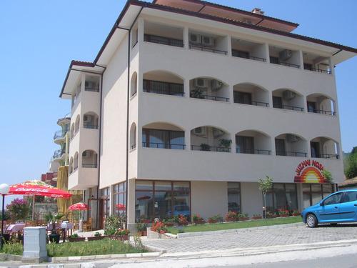 Почивка в Свети Влас, България - хотел Хотел Южни Нощи 3•