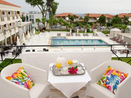 Почивка на Касандра, Гърция - хотел Hanioti Melathron 4•