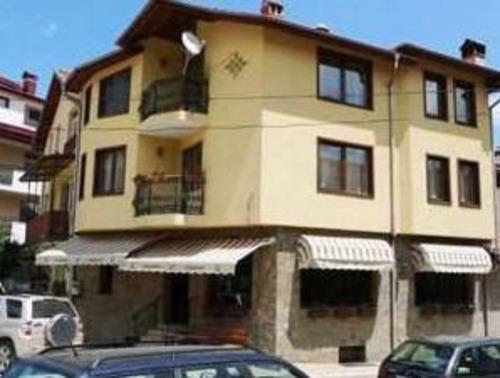 Почивка в Чепеларе, България - Семеен хотел Турист 3•