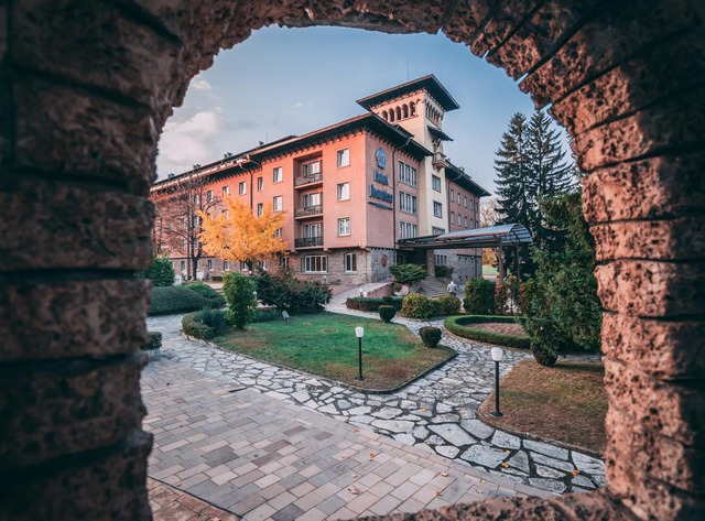 Спа хотел Двореца, Велинград