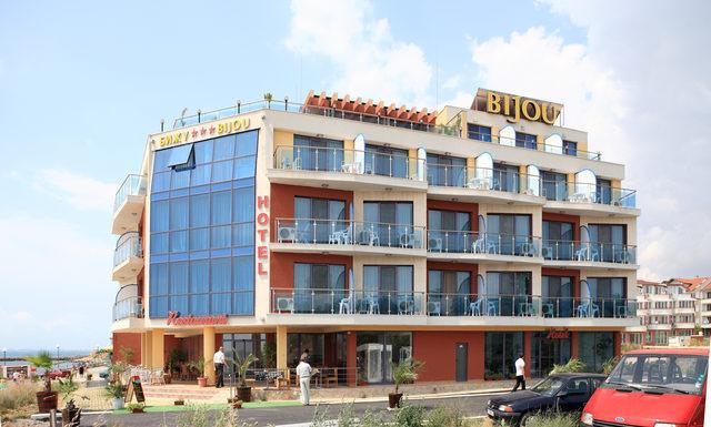 Хотел Бижу, Равда