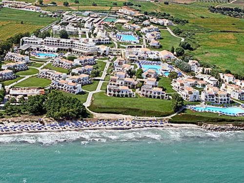 ������� � ������ ���, ������ - ����� Hotel Neptune & Resort  5�