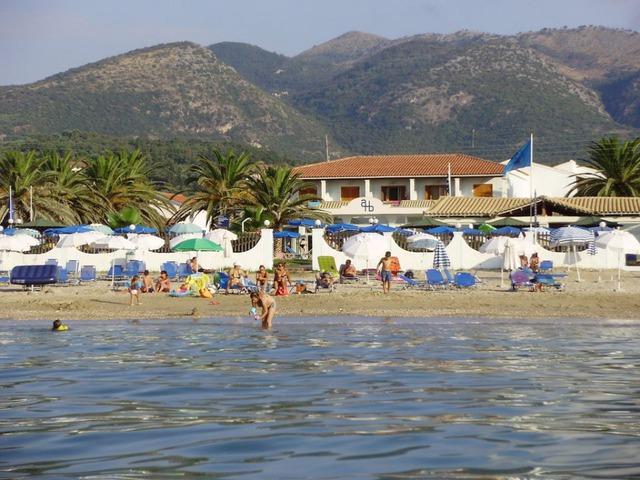Хотел Acharavi Beach