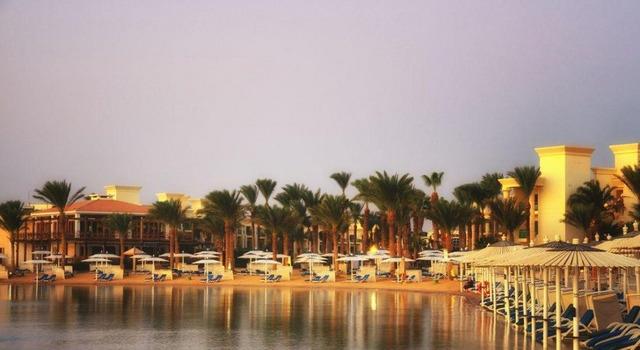 Hilton Resort 5 * хотел 5•