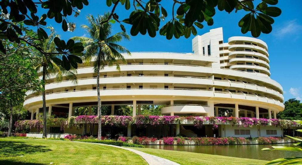 Hilton Phuket Arcadia Resort & Spa 5 * хотел, Остров Пукет
