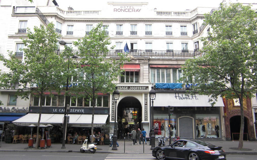 HOTEL RONCERAY OPERA BEST WESTERN ***, Париж