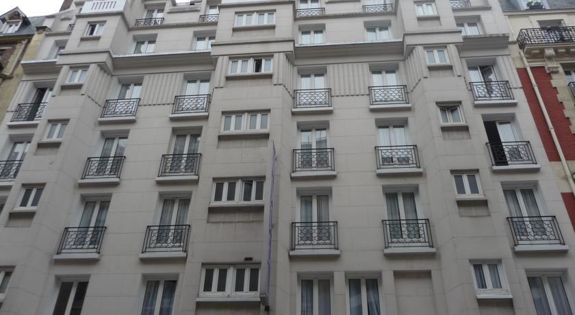 Hotel Ambassadeur***, Париж