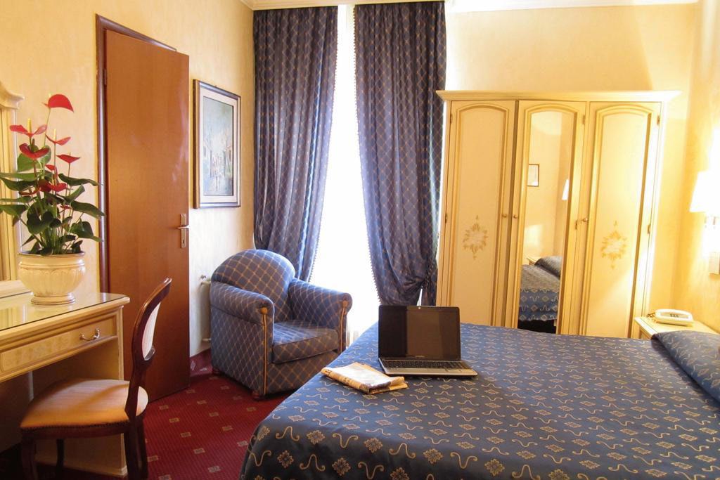 HOTEL SIVIGLIA ***, Северна Италия - Рим