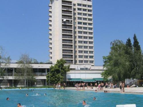 Почивка в  - хотел Хотелски комплекс Арпезос 2•