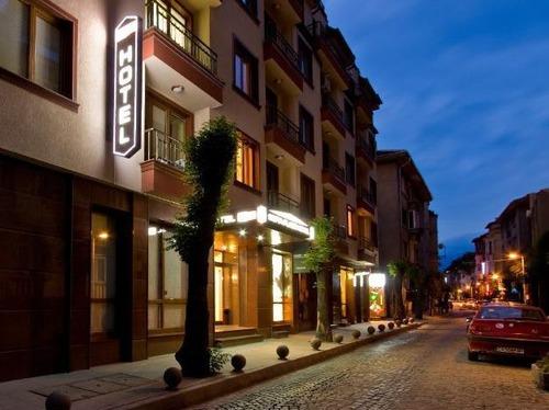 Почивка в София, България - хотел София Плейс Хотел 3•