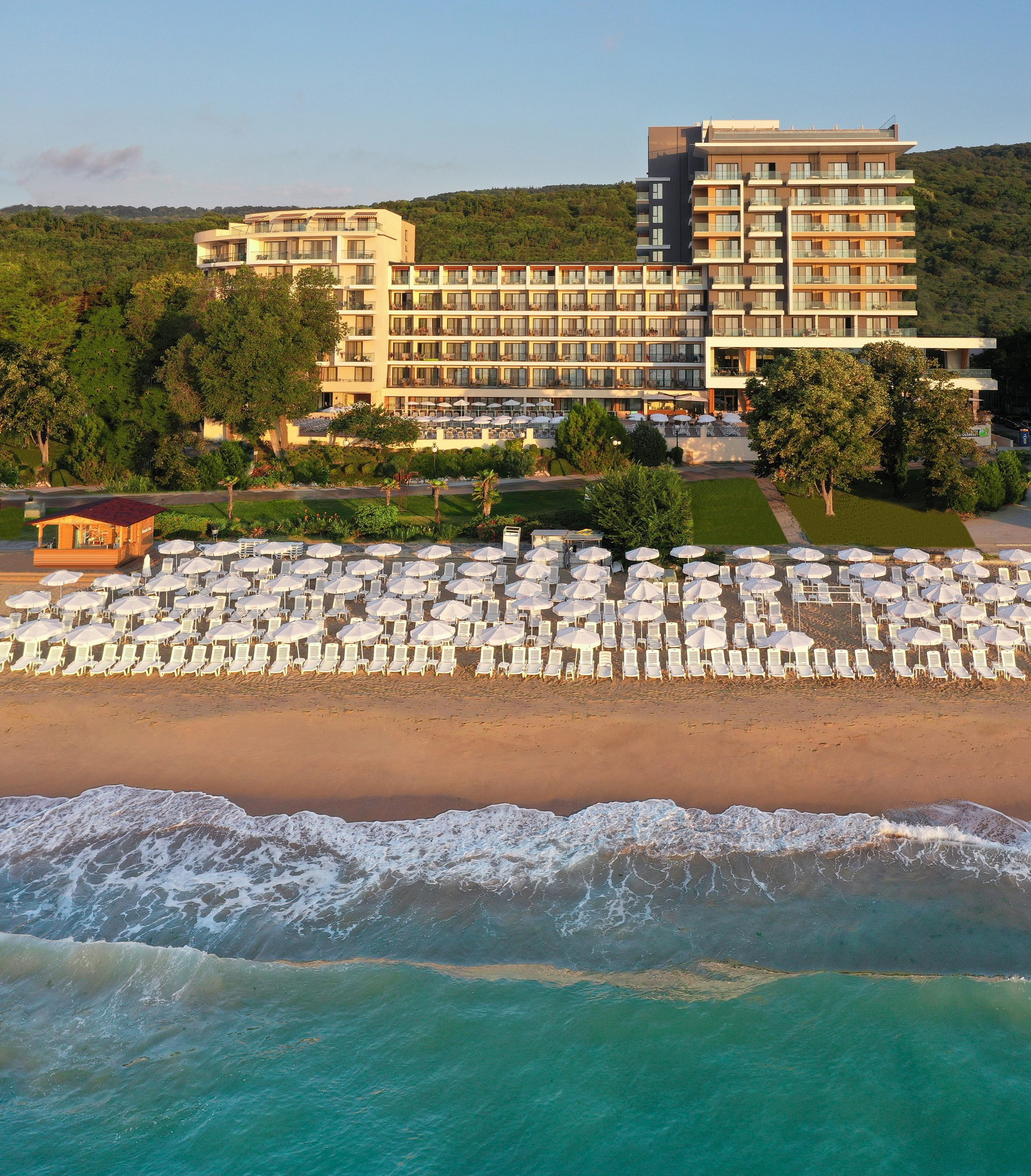 Грифид хотел Вистамар, Златни пясъци
