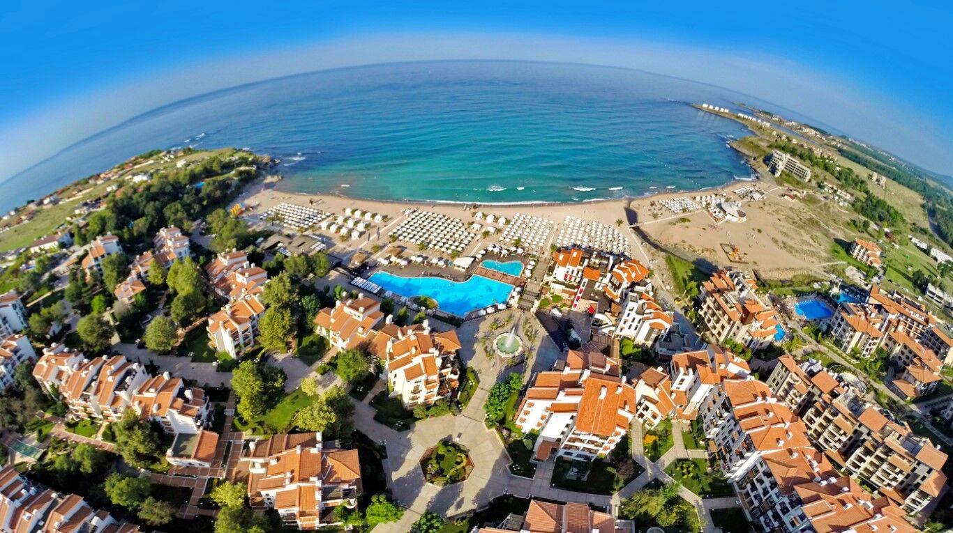 Oasis Resort and SPA Oasis Premium, Лозенец