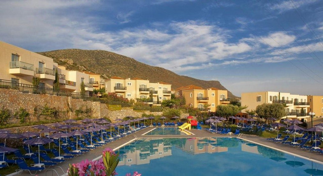 Smartline The Village Resort & Waterpark 4 * хотел 4•