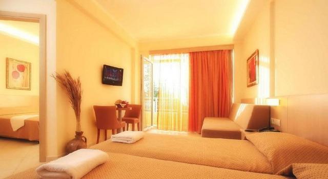 Lavris Hotel & Bungalows 4 * хотел 4•