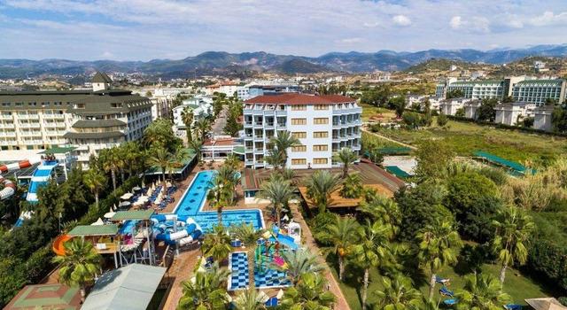 Club Hotel Caretta Beach 4 * хотел 4•