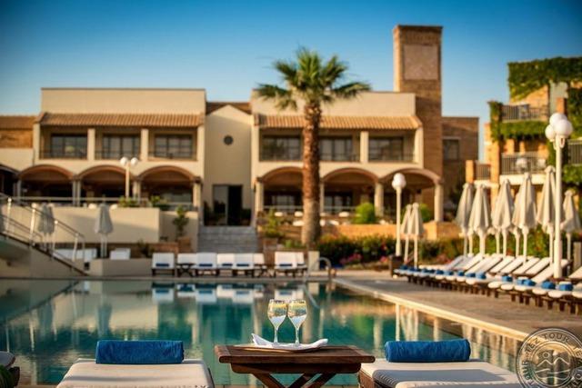 Bella Beach Hotel 5 * хотел 5•