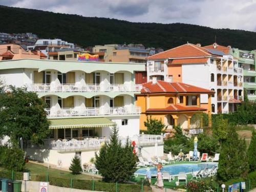 Почивка в Свети Влас, България - хотел Хотел Панорама 3•