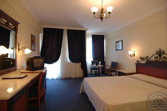 Club Yali Hotels & Resort 5 * хотел 5•