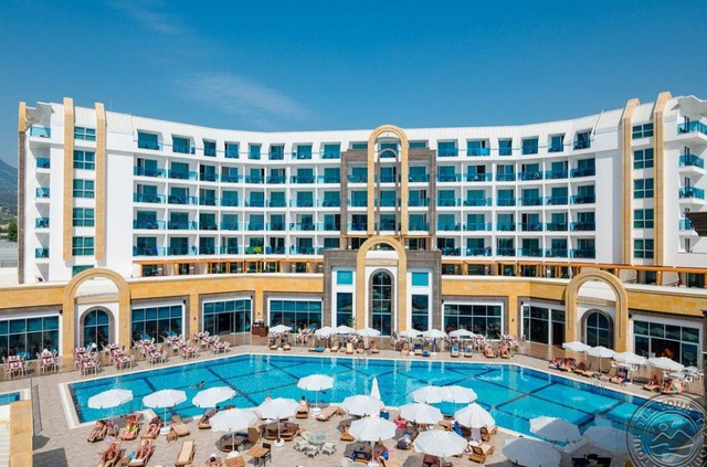 The Lumos Deluxe Resort Hotel & Spa 5 * хотел 5•