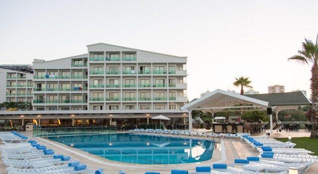 Club Hotel Falcon 4 * хотел 4•