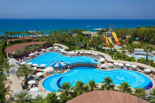 Mukarnas Spa Resort 5 * хотел 5•
