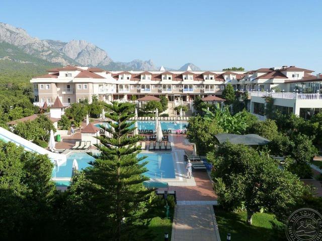 Garden Resort Bergamot Hotel 4* хотел 4•